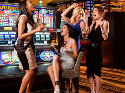 women_at_casinos_preview